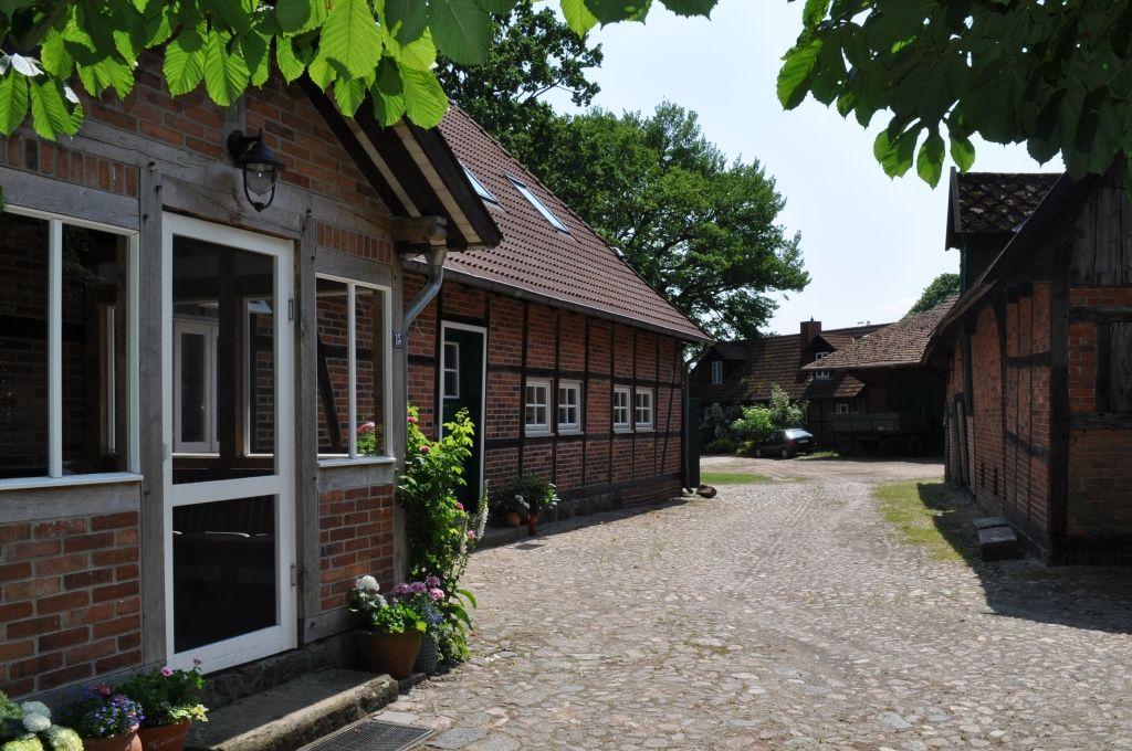 """Ferienwohnungen """"Aller"""" und """"Leine"""" auf dem alten Fachwerkhof Gerkenhoff in Eickeloh in der Nähe von Hodenhagen"""