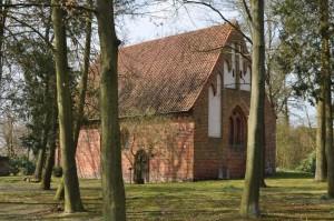 """""""Zum Heiligen Kreuz"""" - alte Kirche in Eickeloh im Aller-Leine-Tal"""